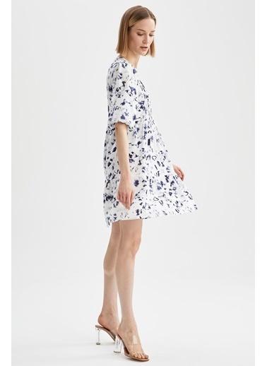 DeFacto Volanlı V Yaka Çiçek Desenli Mini Elbise Lacivert
